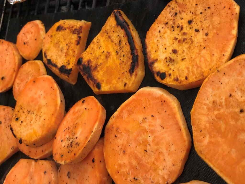 Süßkartoffeln grillen